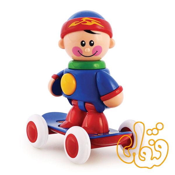 پسر اسکیت سوار تولو Free Wheeling Skateboarder 89613